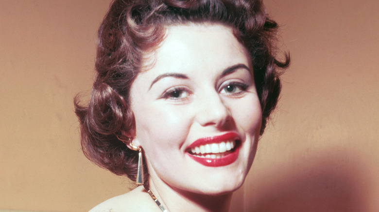 Eunice Gayson Dies: The First