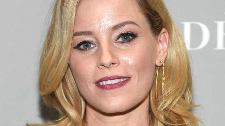 UH UH UH: Elizabeth Banks' 'Charlie's Angels' Reboot Is Coming In 2019