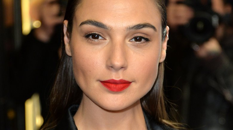 Gal Gadot in talks to star in thriller Deeper