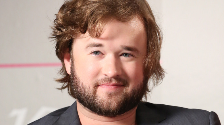 Haley Joel Osment signs on for 'The X-Files'