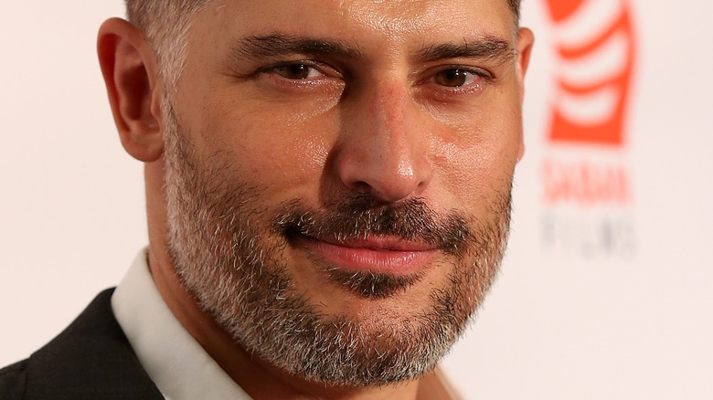 Joe Manganiello Shares New Deathstroke Picture From 'Justice League'
