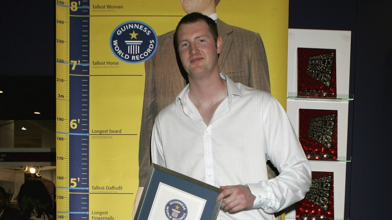 IMG NEIL FINGLETON, Actor