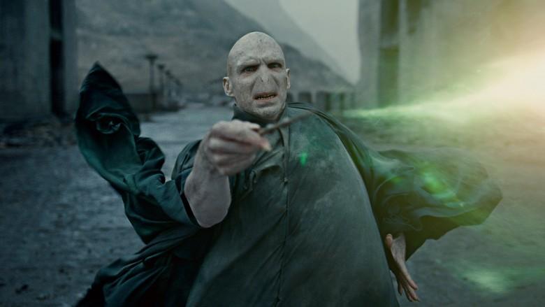The ending of harry potter explained for Harry elder