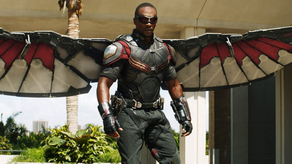 Anthony Mackie on trying and failing to do Falcon's superhero landing