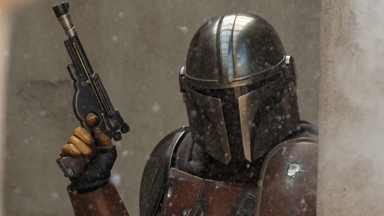 The Mandalorian's Supporting Cast Talks IG-11 and Bounty Hunters