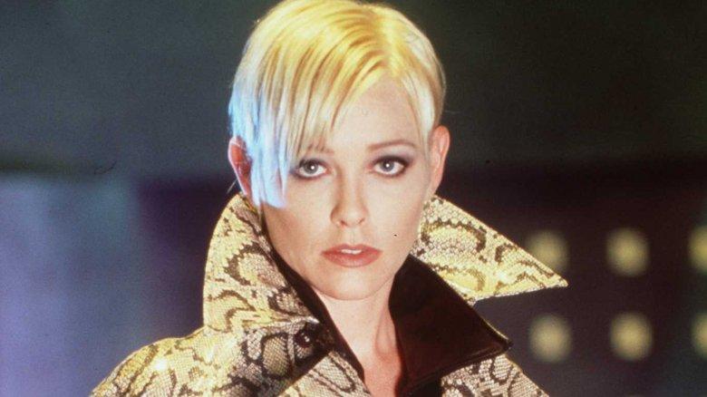 Pamela Gidley in The Pretender