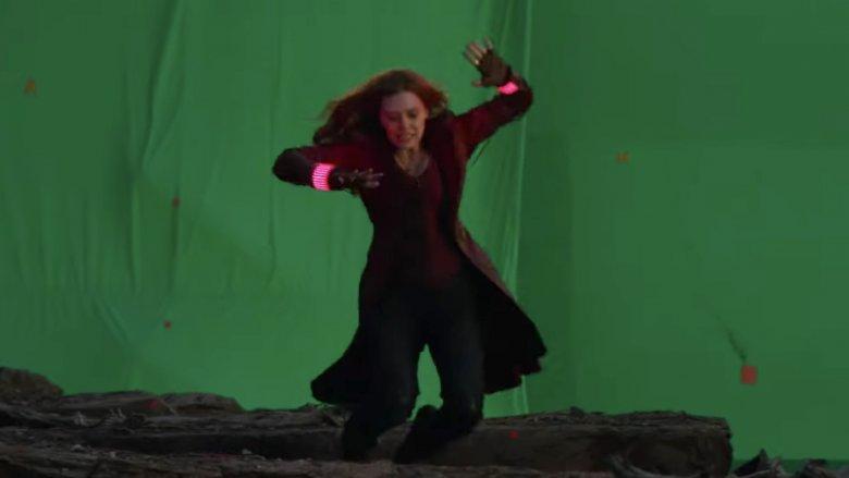 Conjunto de Endgame de Elizabeth Olsen Scarlet Witch Avengers