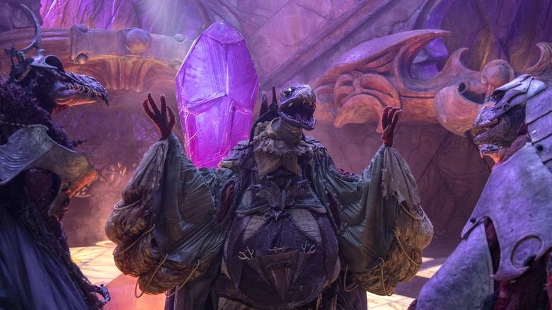 skekSo, skekTek, and skekSil discussing nefarious deeds in Dark Crystal: Age of Resistance