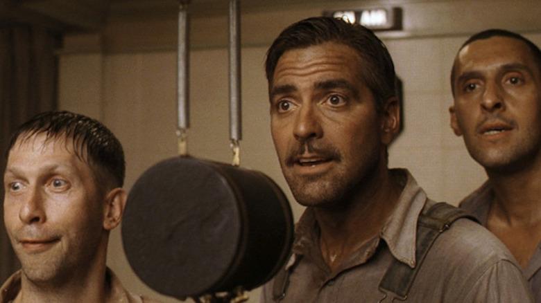 Tim Blake Nelson, George Clooney, and John Turturro in O Brother, Where Art Thou?