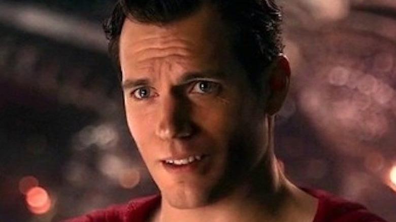Henry Cavill Superman smiling]