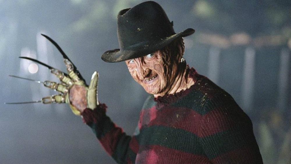 Freddy Krueger brandishing his knives
