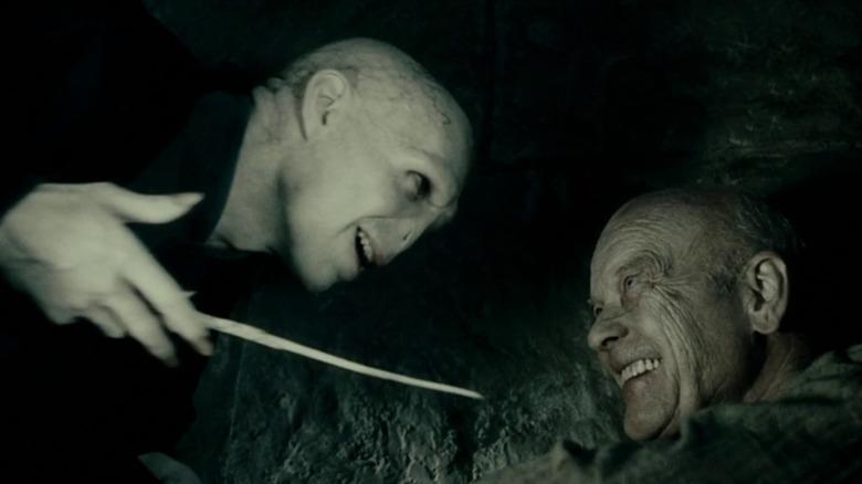 Voldemort and Grindelwald smiling