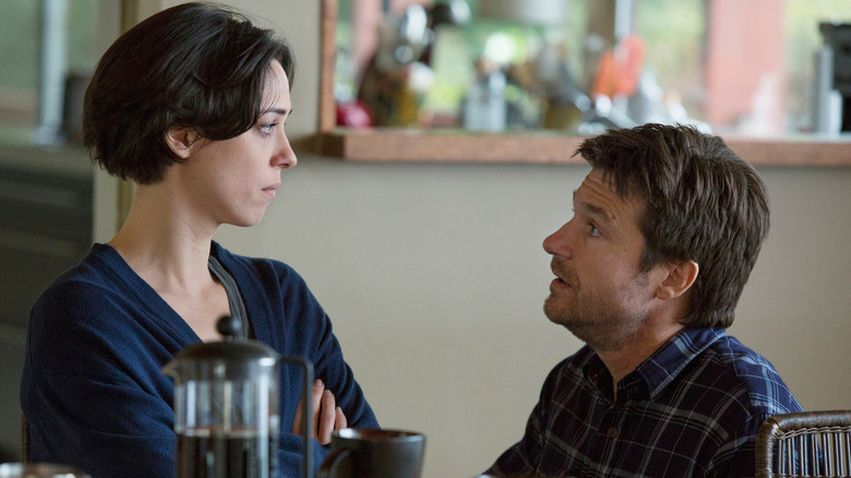 Jason Bateman and Rebecca Hall in The Gift