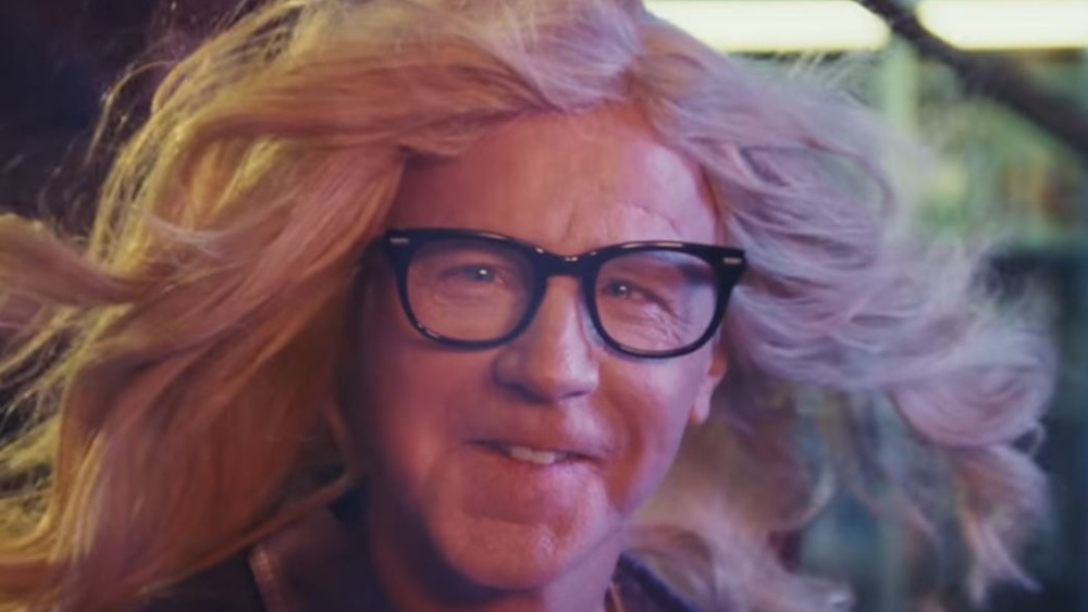 Garth hosting Wayne's World