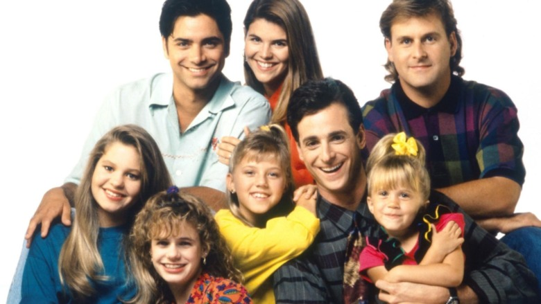 The cast of Full House in a promo photo