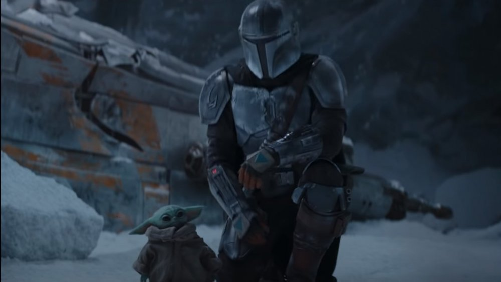 Mando and The Child in the season 2 trailer for The Mandalorian