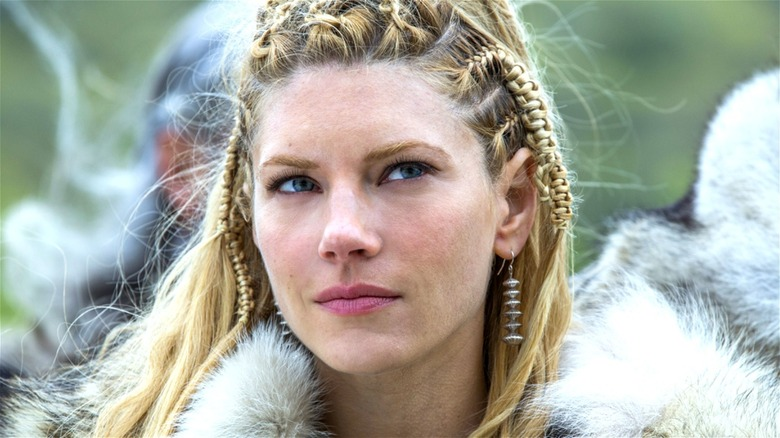 Lagertha looks sly