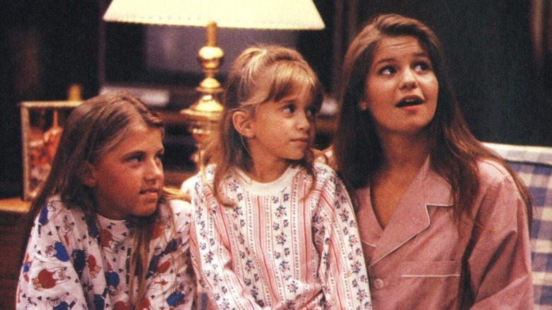 Jodie Sweetin, Mary-Kate Olsen, and Candace Cameron in Full House