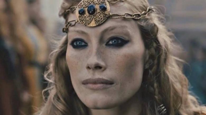 Alyssa Sutherland plays Aslaug on History's Vikings