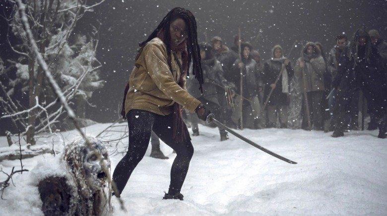 Michonne combatte gli escursionisti nella neve