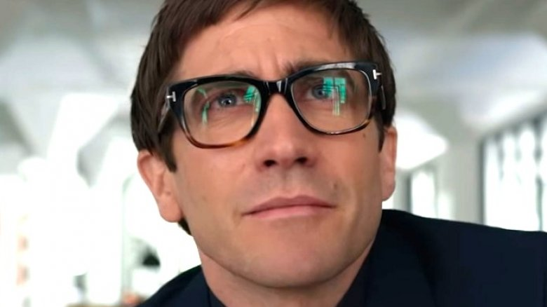 Jake Gyllenhaal as Morf Vandewalt and Rene Russo as Rhodora Haze in Velvet Buzzsaw