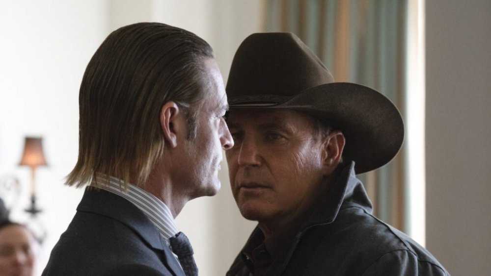 Kevin Costner and Josh Holloway as John Dutton and Roarke Morris on Yellowstone