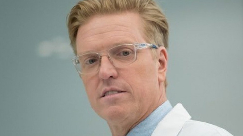Jake Busey in The Predator