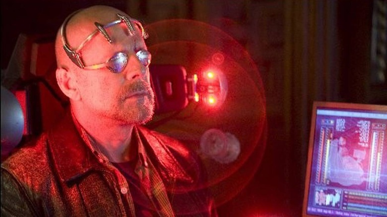 Bruce Willis sci-fi goggles