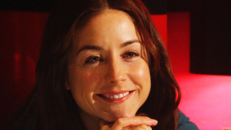 Erin Karpluk Erica Strange smiling