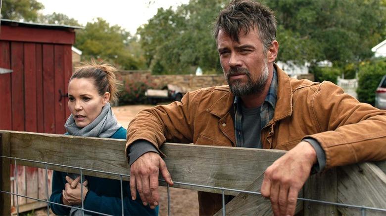 Leslie Bibb and Josh Duhamel in The Lost Husband