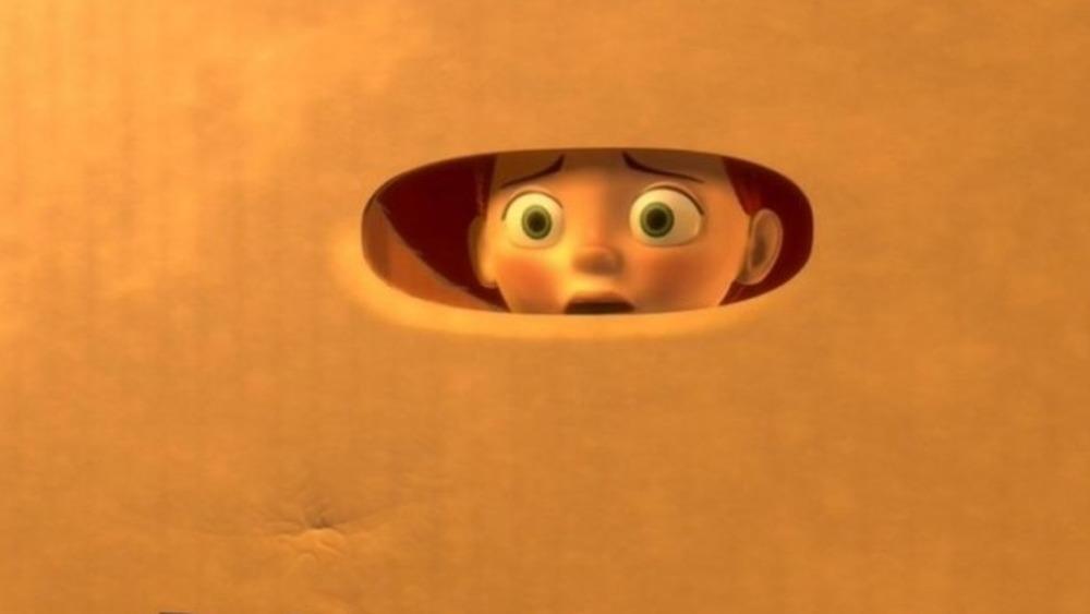 Jesse looking through box