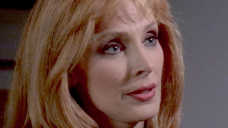 Dr. Crusher in conversation