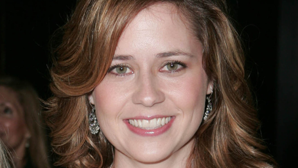 Jenna Fischer on the red carpet