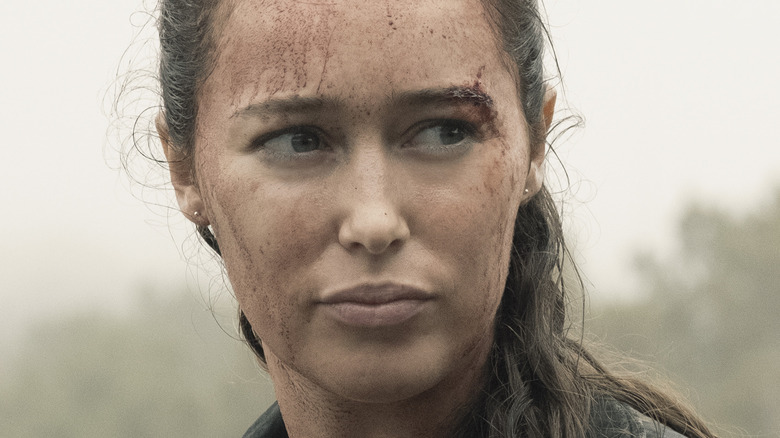 Alicia with mud on face