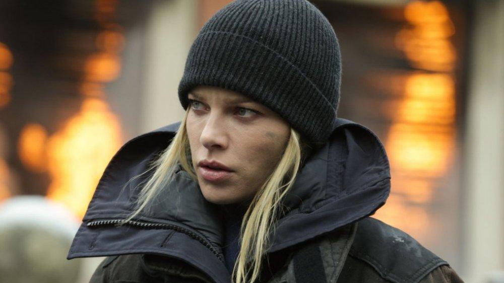 Lauren German in Chicago Fire