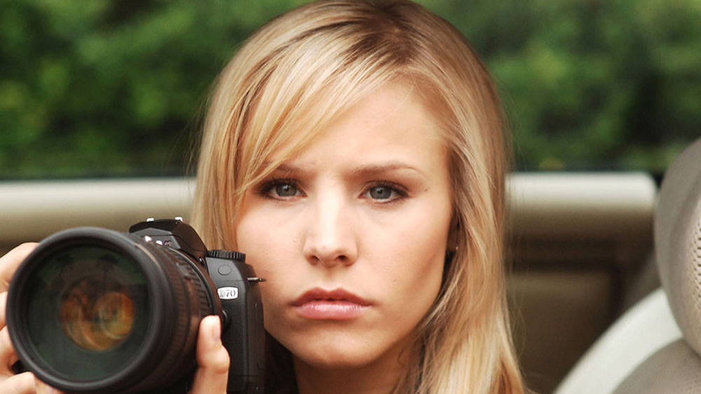 Veronica Mars lookin serious