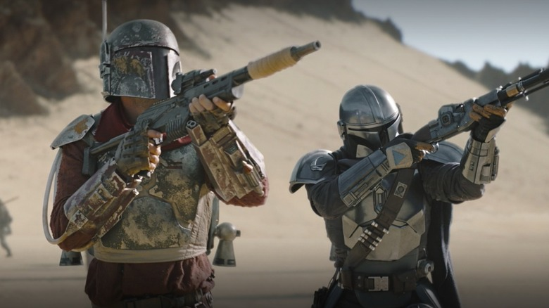 Pedro Pascal and Timothy Olyphant as Mando and Cobb Vanth on The Mandalorian