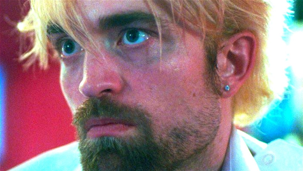 Robert Pattinson Connie Nikas earring beard