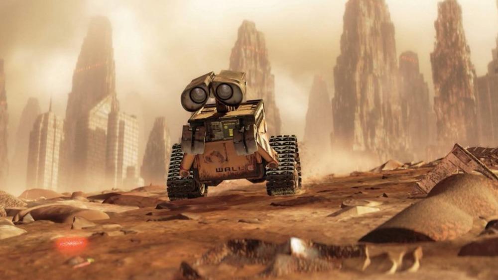Wall-E scavenging