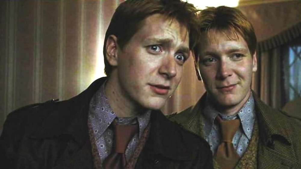 Fred and George Weasley visit Harry Potter