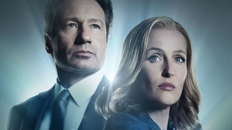 David Duchovny as Fox Mulder and Gillian Anderson as Dana Scully in The X-Files