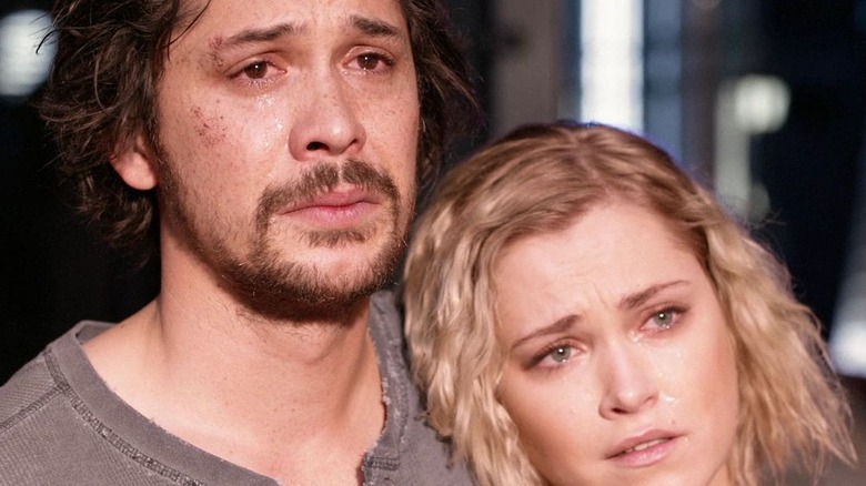 Clarke and Bellamy on The 100