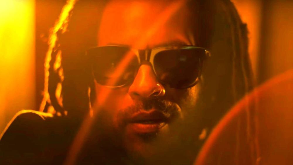 Lenny Kravitz in Stella Artois Super Bowl commercial