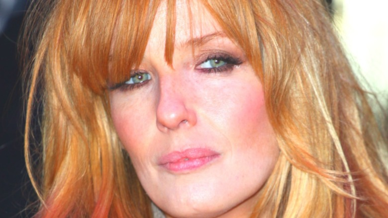 Kelly Reilly walking a red carpet