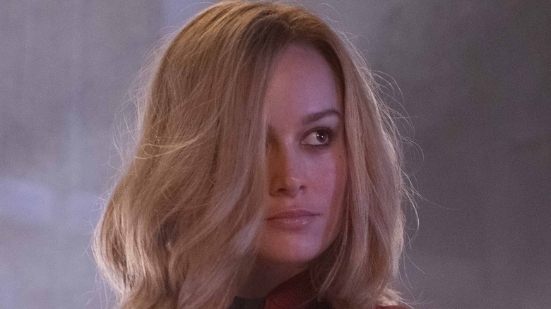 Brie Larson Captain Marvel hair over eye