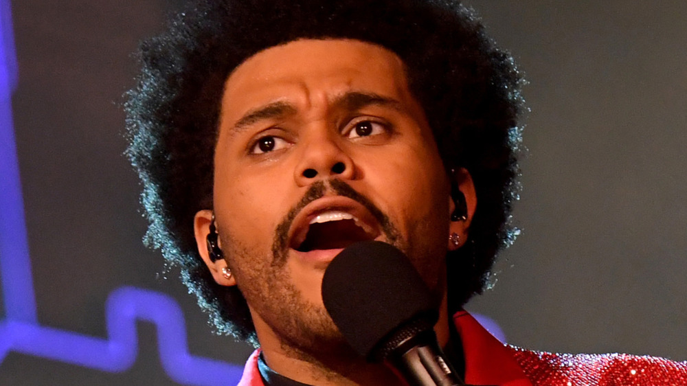 the weeknd singing