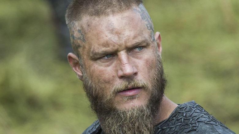 Vikings Ragnar squinting