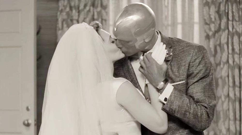 Wanda and Vision kissing