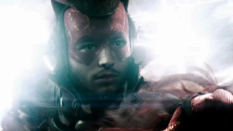 Apa Yang The Flash Lakukan di Akhir Snyder Cut?   Greenscene