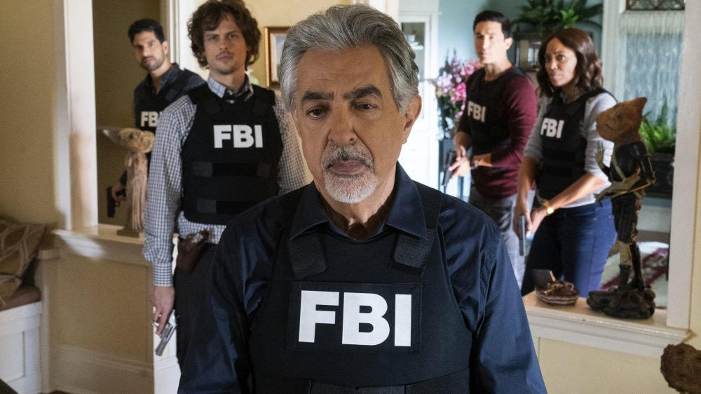 Joe Mantegna and the cast of Criminal Minds